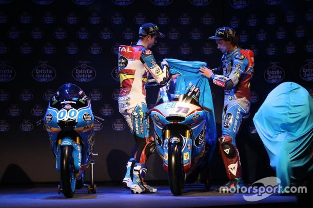 Alex Marquez (left) and Franco Morbidelli (right) unveil the 2017 Moto2 machine - www.motorsport.com