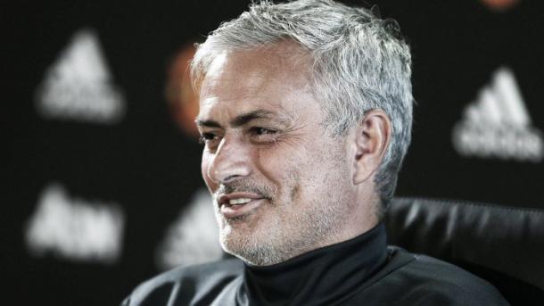 Mourinho en sala de prensa.   Foto: Man. United