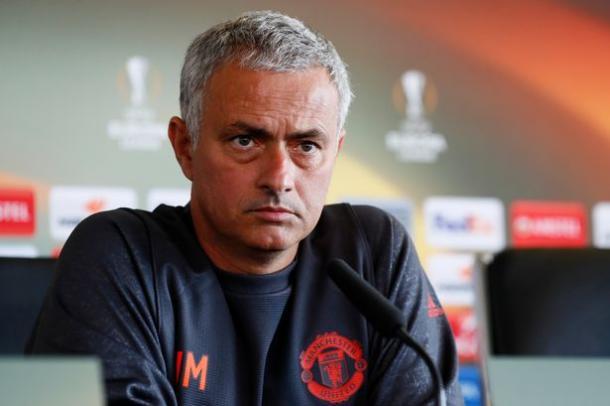 Josè Mourinho in conferenza stampa prima di una gara di Europa League - Foto Reuters / Jason Cairnduff