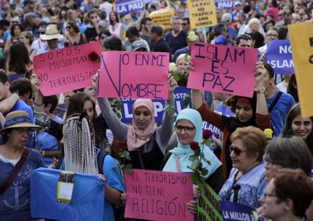 Mujeres musulmanas en contra de la islamofobia | Foto: La Vanguardia