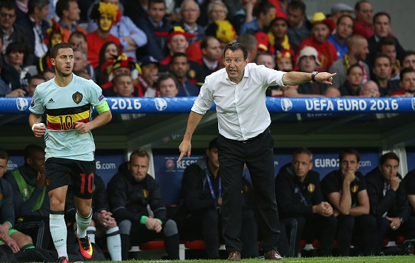 Wilmots giving instructions to Chelsea's Eden Hazard from the touchline during the 3-1 defeat.  | (Picture source: Getty Images)