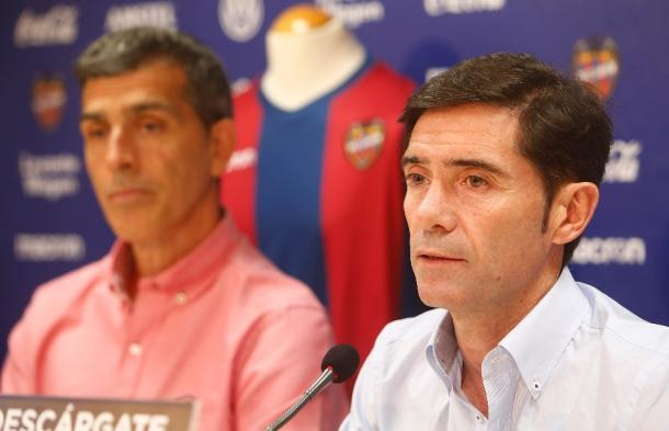 Marcelino y Muñiz en rueda de prensa | Fuente: valenciacf.com