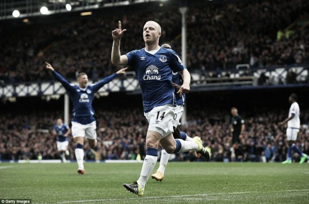 Steven Naismith scored a perfect hat-trick to help Everton beat Chelsea 3-1 last September. | Image: Getty Images