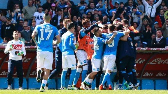 I festeggiamenti del Napoli al gol di Gabbiadini. Source: Repubblica