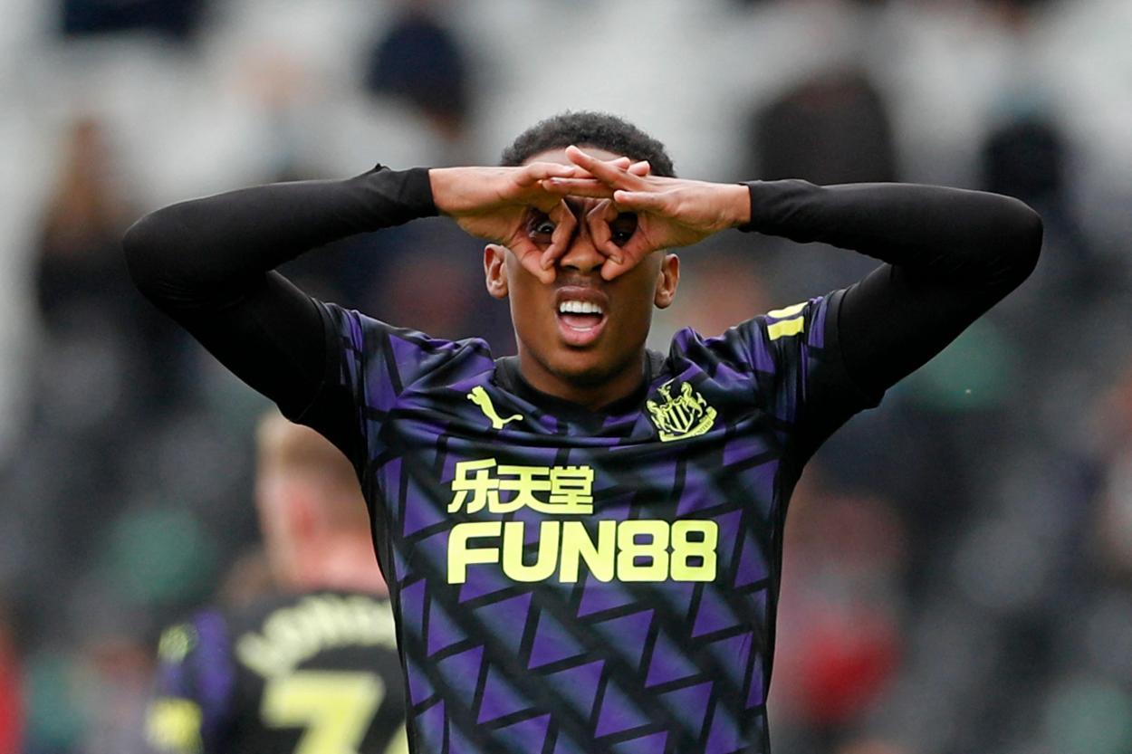 Willock después de anotar el gol del último partido / Foto: Premier League