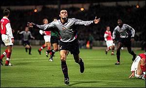Luis Enrique marcó el primer gol contra el Arsenal (foto:news.bbc)