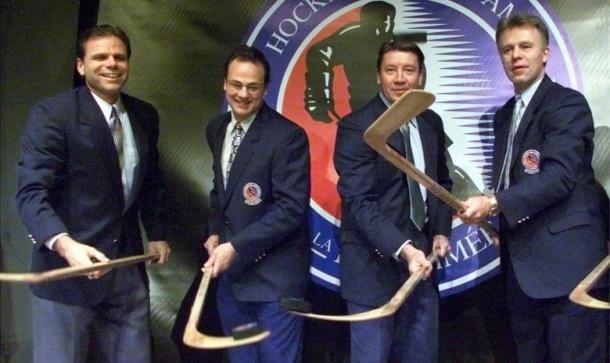 Clase del Hall of Fame de 2001; de izquierda a derecha: Gartner, Hawerchuk, Kurri y Fetisov / The Bahart Express News