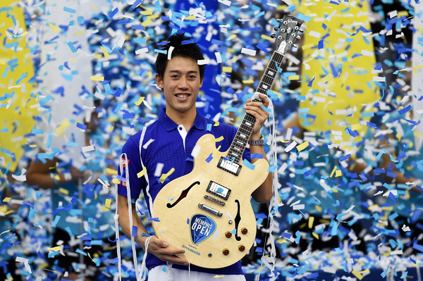 Nishikori with his fourth-consecutive title at the Memphis Open in February (Photo by Stacy Revere / Source : Getty Images)