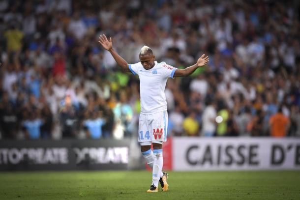 Clinton J'Jie, durante la celebración de uno de sus goles. | FOTO: @OM_Officiel