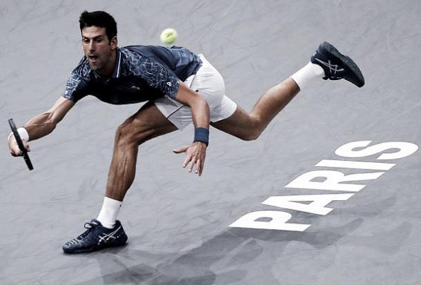 Nole saco su mejor tenis para vencer a Cilic. Imagen: Paris Bercy