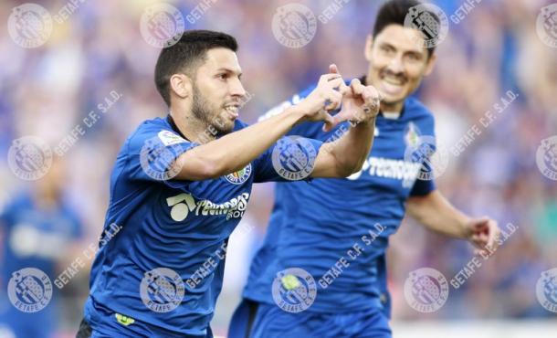 Dani Pacheco y Alejandro Faurín celebran un gol en la final. Fuente: Getafe C.F.