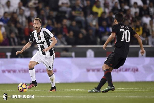 Marchisio controla el esférico durante la final de la Supercoppa | Foto: Juventus