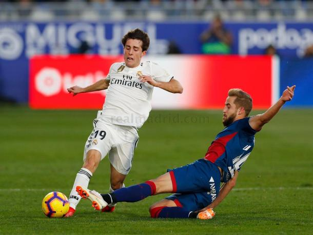 Odriozola en el partido contra el Huesca I Foto: Real Madrid
