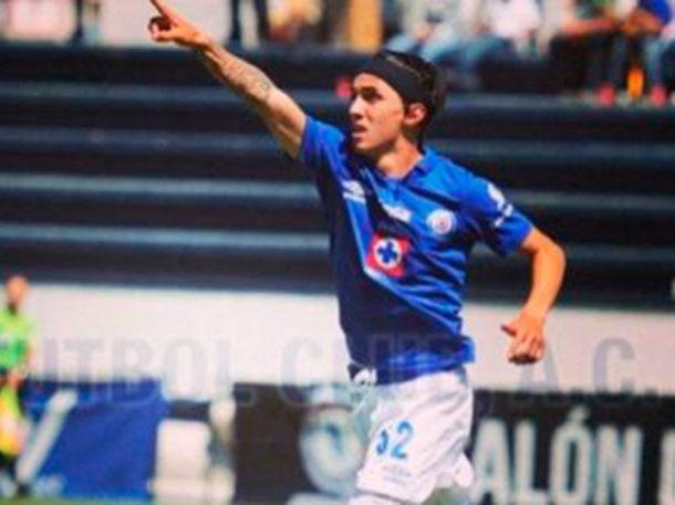 Fernández jugó en Cruz Azul Hidalgo; ahí conoció a Reynoso