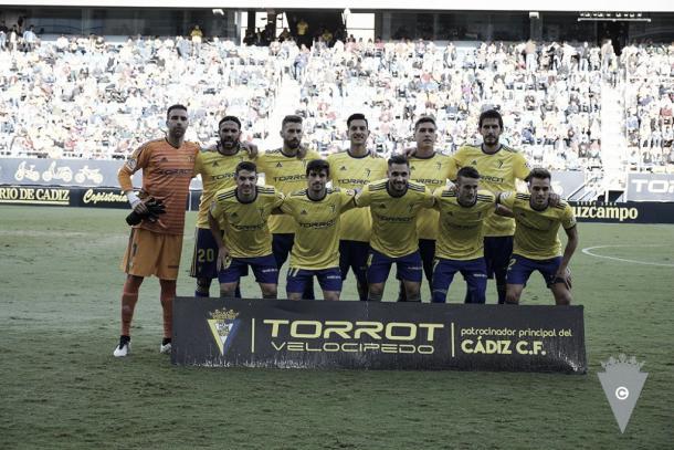 Once inicial que recibe al Reus (2-0). Dos delanteros puro | Cádiz CF