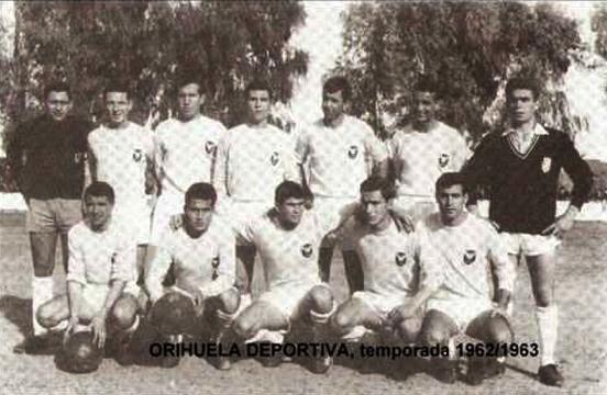 11 inicial del Orihuela Deportiva en 1962/1963 | vía: https://www.youtube.com/watch?v=ulneISaatcs