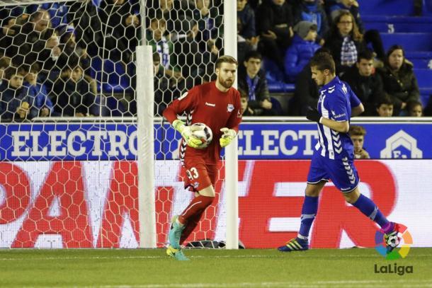 Ortolá, durante el partido contra el Deportivo  |  Fotografía: La Liga