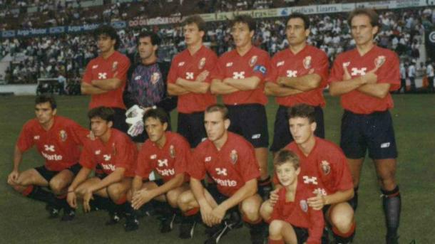 Una alineación de Osasuna durante la temporada 1990-1991. | FOTO: Osasuna.com