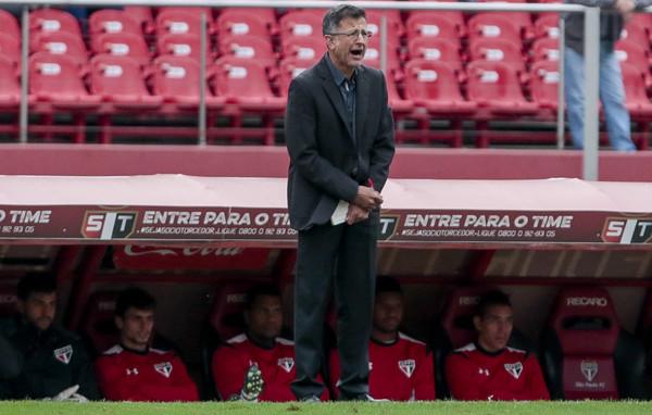 Em pouco mais de quatro meses no São Paulo, Osorio dividiu opiniões dos torcedores sobre seu trabalho no clube. Hoje, é unanimidade na seleção mexicana (Foto: Miguel Schincariol/Getty Images)