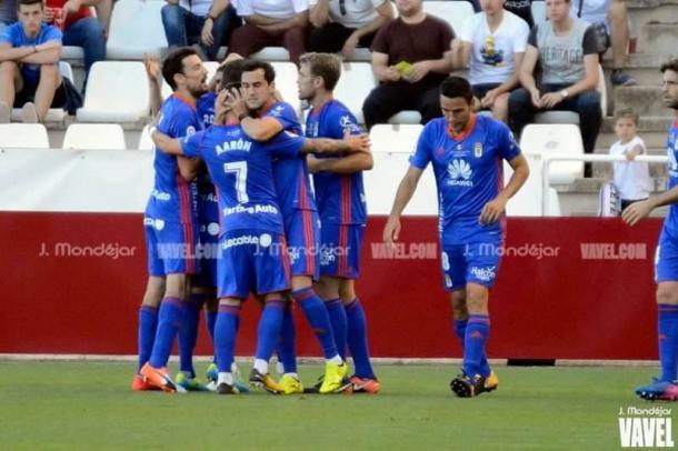 Los jugadores del Oviedo celebran el gol en Albacete | Imagen: VAVEL