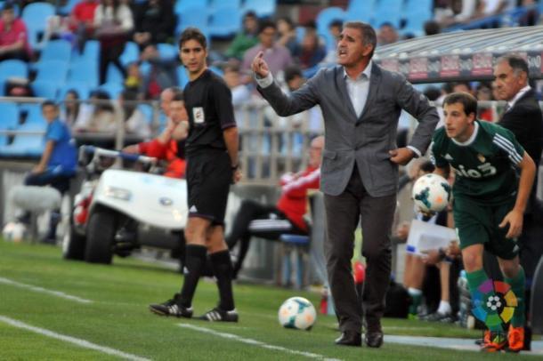 Paco Herrera da órdenes durante su etapa en el Real Zaragoza | Imagen: LaLiga