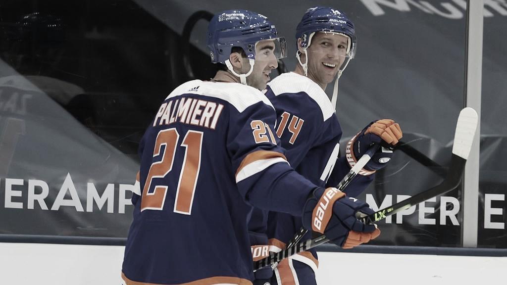 Palmieri ha suplido con creces la baja de Anders Lee | Foto: NHL.com
