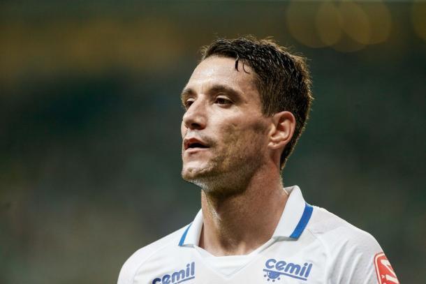Thiago Neves é uma das estrelas do elenco atual do Cruzeiro (Foto: Washington Alves/Light Press/Cruzeiro)