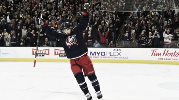 Artemi Panarin celebra un gol | Foto: NHL.com