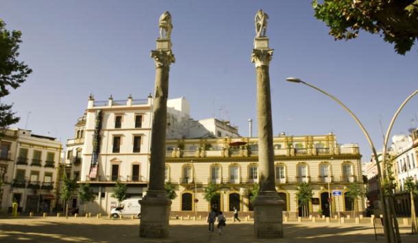 Actual Alameda de Hércules en Sevilla.          Fuente: Sevillasecreta.co