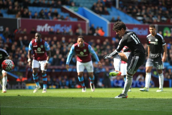 Pato scores a penalty on his Chelsea debut, the side's second of the game. (Source: @ChelseaFC)