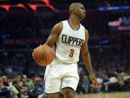 Chris Paul leads all scorers with 24 points. | Photo: USA Today Sports