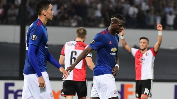 The United players were left dejected after Feyenoord's late winner in Rotterdam | Photo: Getty
