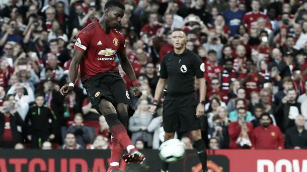 Paul Pogba durante el penalti | Foto: Premier League