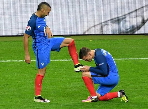 Payet and Griezmann were the two standouts for France at Euro 2016 | Photo: Georgi Licovski (EFE)