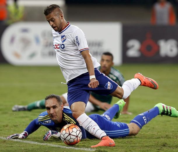 Nico López é um dos principais destaques do Nacional na Libertadores (Foto: Nelson Almeida/Getty Images)