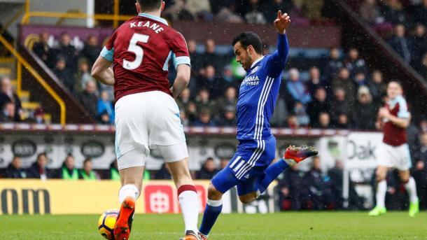 Il tiro di Pedro per il momentaneo 0-1, www.premierleague.com