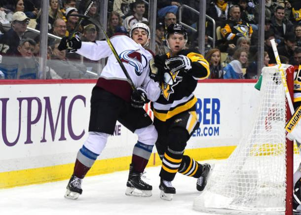 The Colorado Avalanche squeezed by the Pittsburgh Penguins 2-1 on December 11, 2017. (Photo: Getty Images)