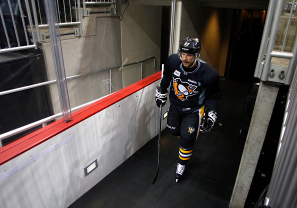 Led by Sidney Crosby, the Pittsburgh Penguins' forwards are going to have to be locked in against the San Jose Sharks. | Photo: Justin K. Aller/Getty Images