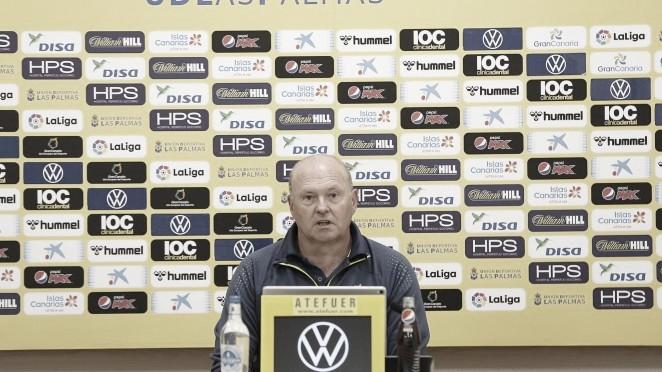 Pepe Mel en rueda de prensa. / Foto: UD Las Palmas.