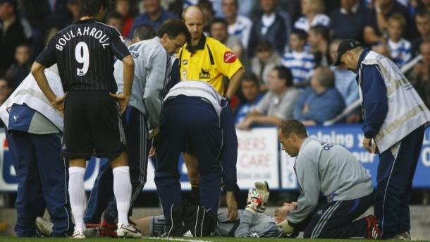 Cech en el momento de su lesión en 2006 | Foto: Getty Images