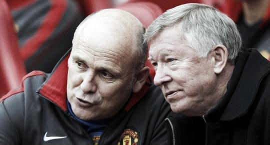 Mike Phelan junto a Sir Alex Ferguson   Foto: Manchester United