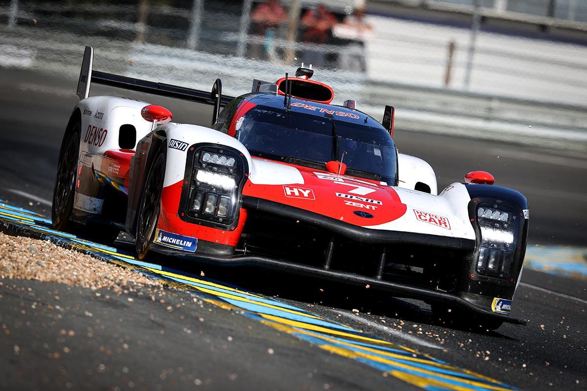 Pechito probando el Toyota Hypercar en el Test Day de Le Mans: Foto WEC