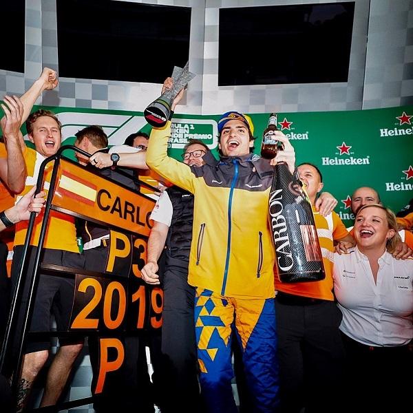 Primer podio de Carlos Sainz. Foto: Instagra Carlos Sainz