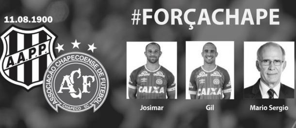 Ponte Preta homenageia ex-jogadores que foram vítimas do acidente (Foto: Reprodução/Twitter)