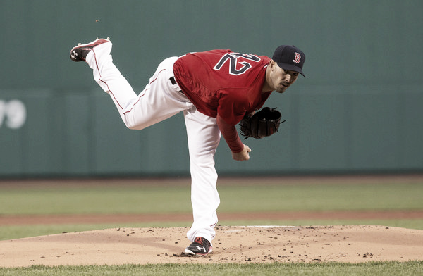 Rick Porcello delivers a pitch in the first inning. (Source: Rich Gagnon/Getty Images North America)