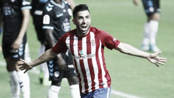 Santos celebra su gol ante el Lugo. // Foto: La Liga