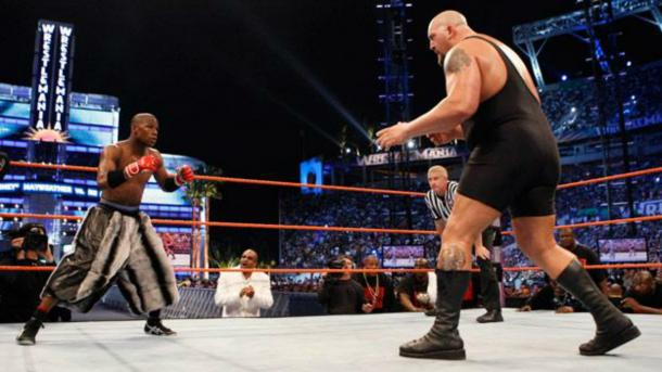 Floyd Mayweather battled The Big Show at WrestleMania (image: Sky Sports)