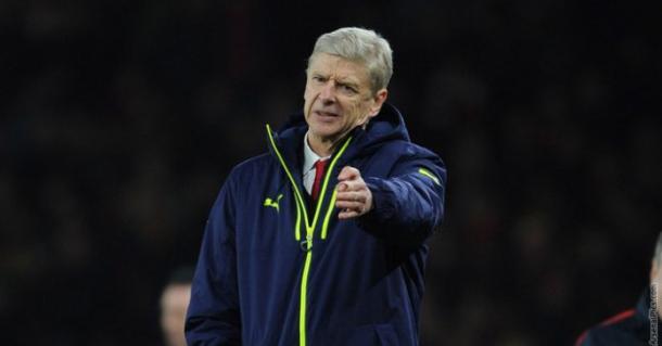 Wenger dirigiendo al Arsenal. Foto: Arsenal FC