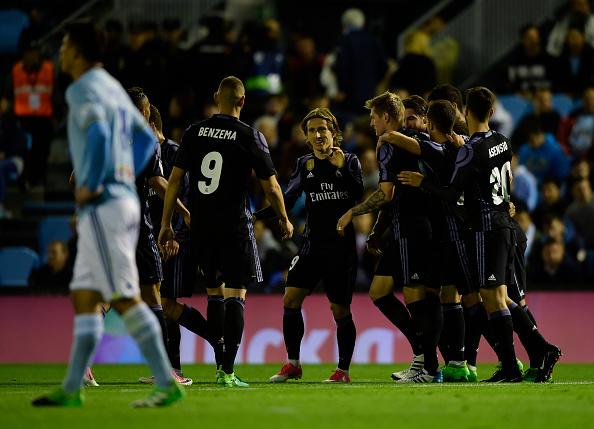 Merengues comemoram grande vitória (Foto: Miguel Riopa/Getty Images)