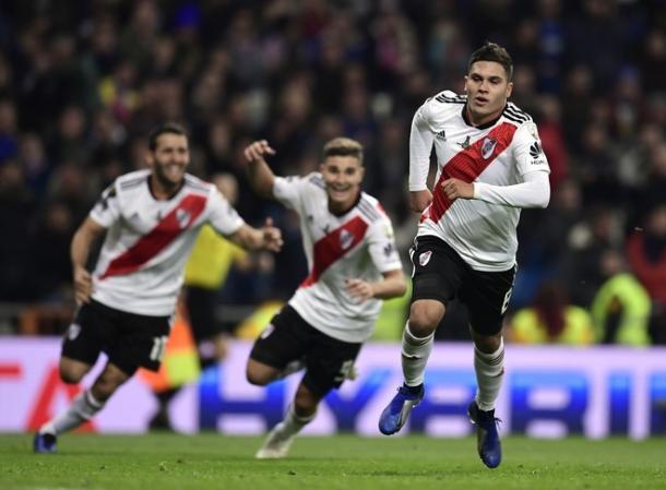 Juanfer Quintero hizo un gol de crack. Foto: Diario Olé.